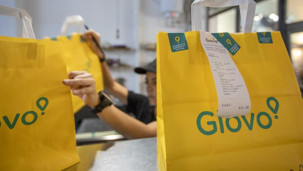 The history and business model of an on-demand app like Glovo